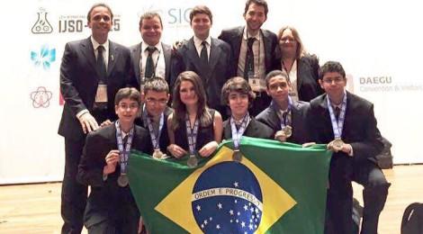 Medalhas de Prata para o Brasil na Olimpíada Internacional Júnior de Ciências (IJSO)
